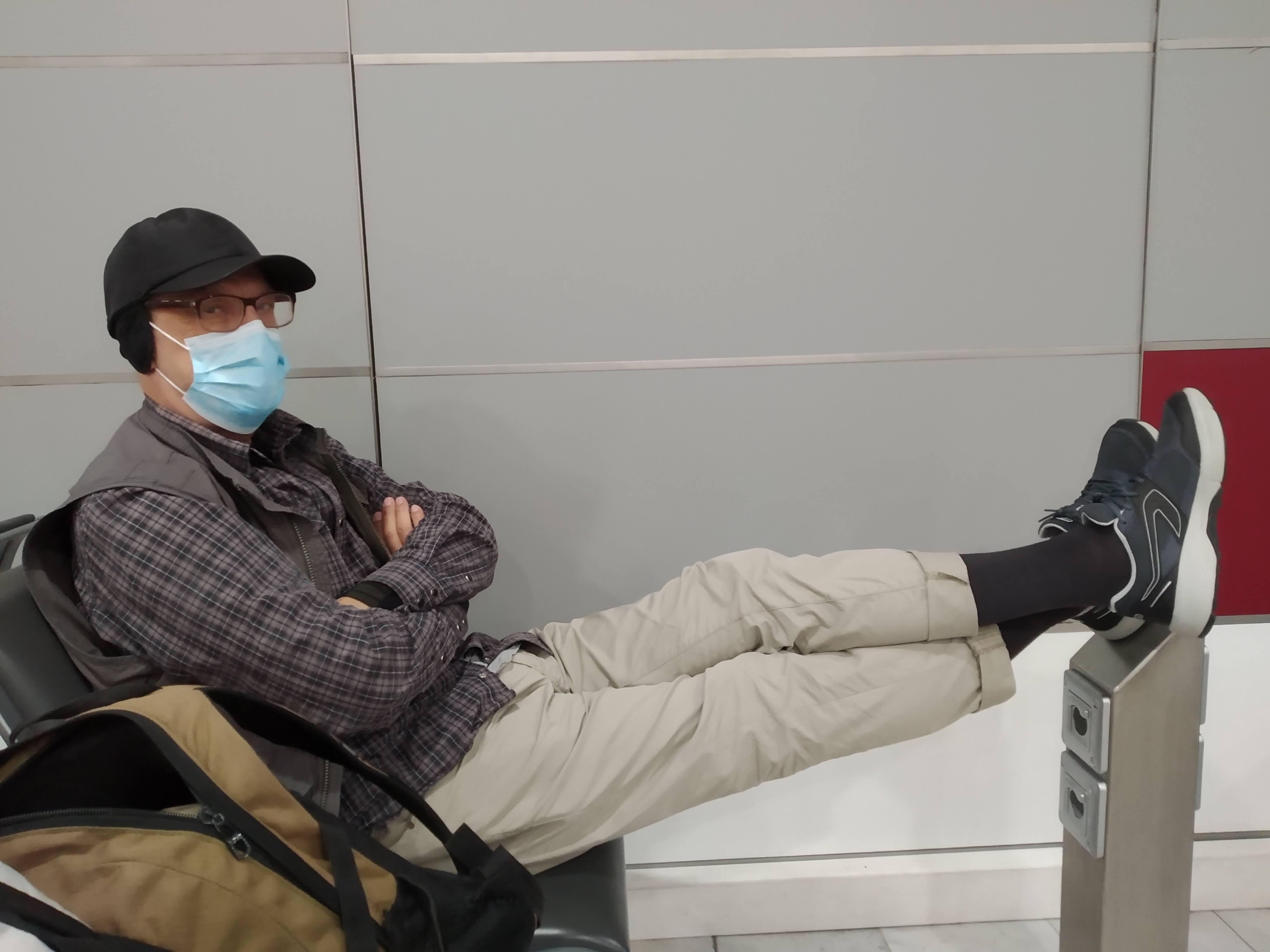 SP9FIH at Paris airport